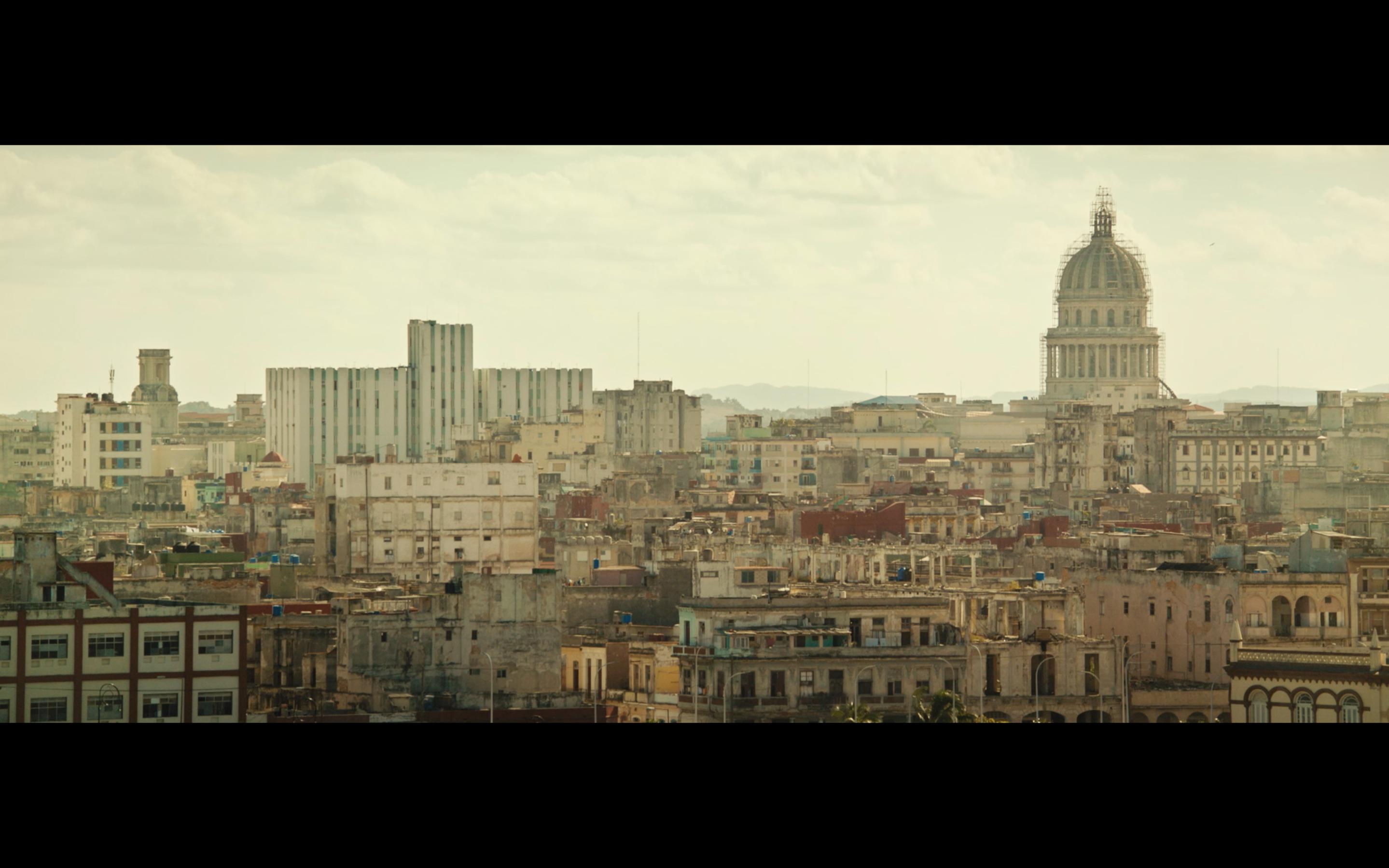 Havana_ La Manzana